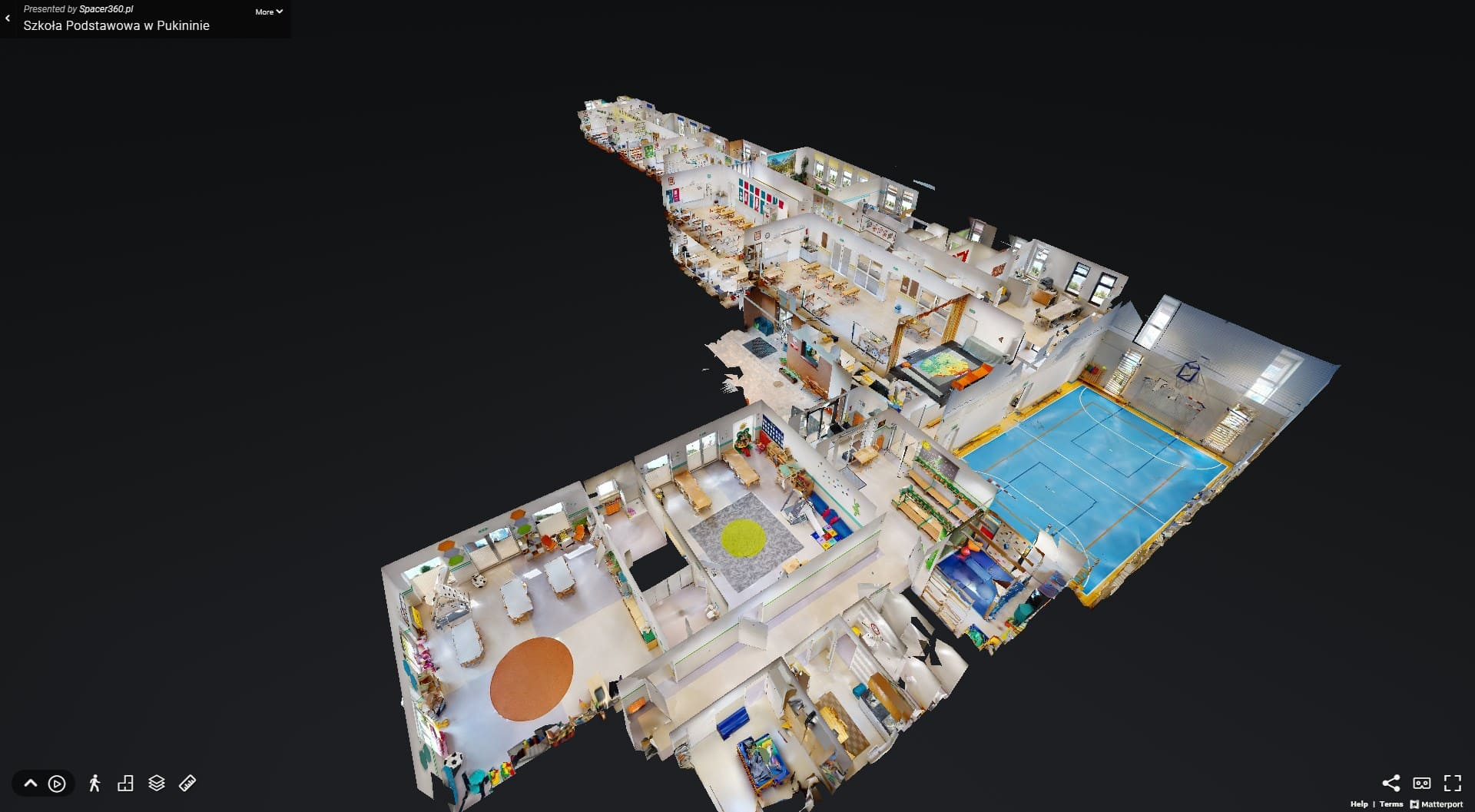 Spacer 3D - wirtualny spacer z modelem 3D w szkole podstawowej